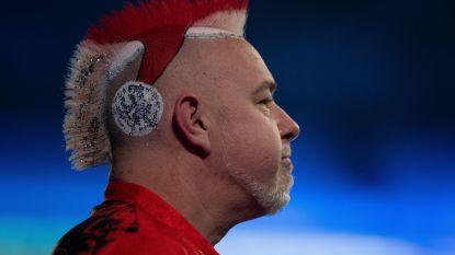 Verrassing op WK darts: derde reekshoofd en kleurrijkste figuur al meteen uitgeschakeld