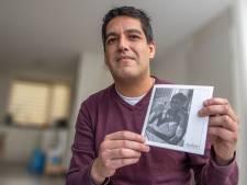 Pepe uit Zwolle steekt om deze rouwfoto zijn middelvingers naar je op, als jij denkt dat corona 'een griepje' is
