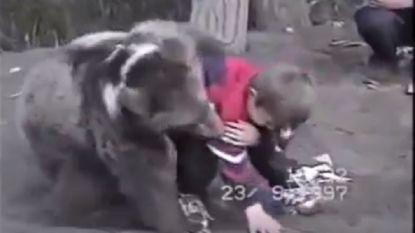 Dat kloeke Rus in de wieg gelegd was om MMA'er te worden, bewees hij als kind al uitvoerig (en hoe!)