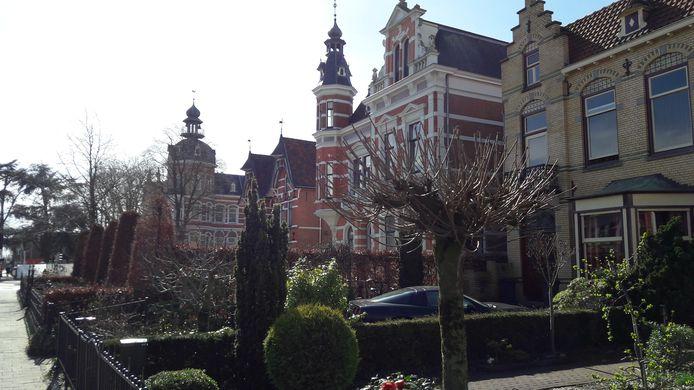 Monumentale villa's aan de Molenstraat getuigen van de succesvolle industrialisatie van Oss.