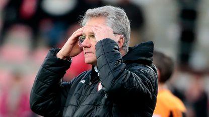 """Antwerp-coach Bölöni maakt zich zorgen: """"Het lijstje met afwezigen is indrukwekkend"""""""