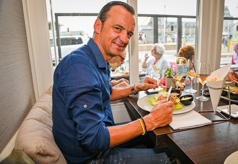 Luc Bellings proeft tomaat-garnaal in verschillende restaurants en spaart opnieuw zijn kritiek (en zijn lof) niet.