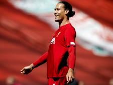Rio Ferdinand looft Van Dijk: 'Beste verdediger ter wereld'
