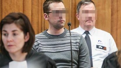 """Beschuldigde van moord op kapster: """"Het was precies alsof ik op een passagierszetel zat in mijn eigen lichaam. Ik had geen controle"""""""