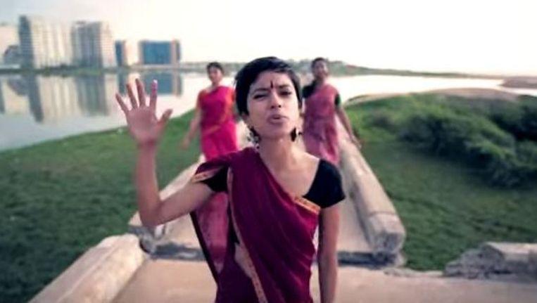 De Indiase rapper Sofia Ashraf. Beeld Screenshot YouTube