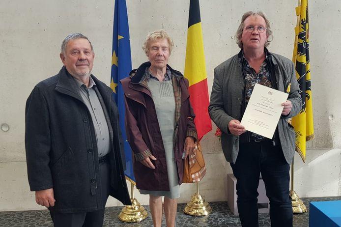 Secretaris Willy Dries, ondervoorzitter Agnes Fivez en voorzitter Luc De Wachter van De Zilverreiger, het Streek- en Vlechtmuseum van Klein-Brabant.