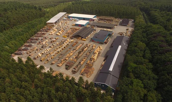 Op de daken van het Dalfser houtbedrijf Foreco is plek voor ruim tweeduizend zonnepanelen.