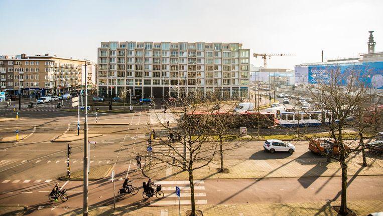 Uitzicht op het Stadionplein, dat de afgelopen jaren onherkenbaar is veranderd Beeld Eva