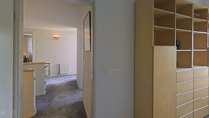 Op de website kan een 'virtuele wandeling' worden gemaakt door het huis.