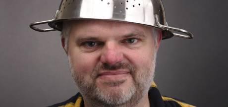 Pastafari Dave uit Enschede vindt uitspraak over zijn religie jammer