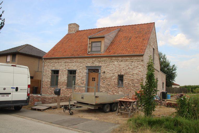 De dramatische feiten speelden zich af aan de woning van Cedric V., langs de Molenstraat in Boezinge.