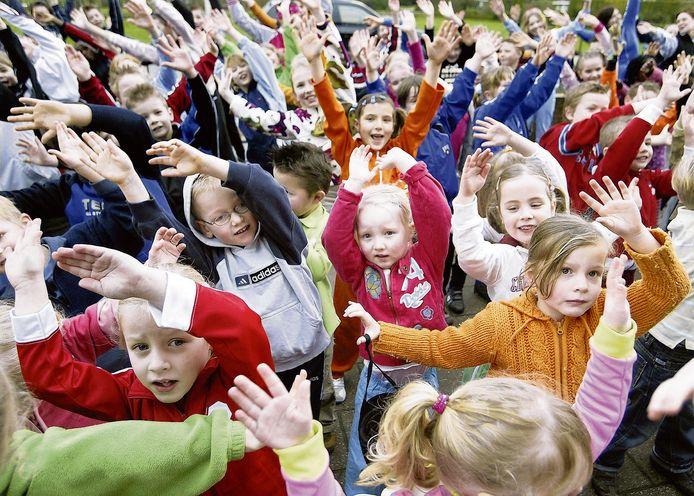 Ochtendgymnastiek op school in Winterswijk.