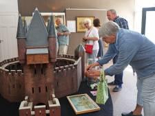 Oostvoornse Oudheidkamer is gered en kan in oud winkelpand blijven