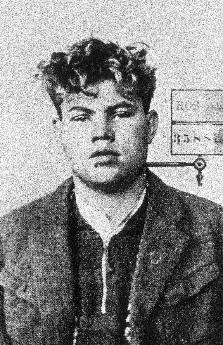 Politiefoto van Marinus van der Lubbe, gemaakt door de politie van Berlijn na de brand in de Rijksdag in 1933. Beeld ANP