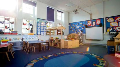 Ophef over vrijlating van 'wreedste vrouwelijke pedofiel' die werkte in Brits kinderdagverblijf