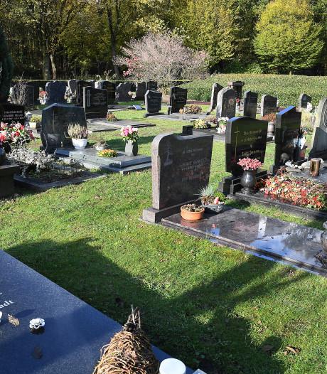 Begraven is uit, en nu vallen er gaten in de begraafplaats van Gennep