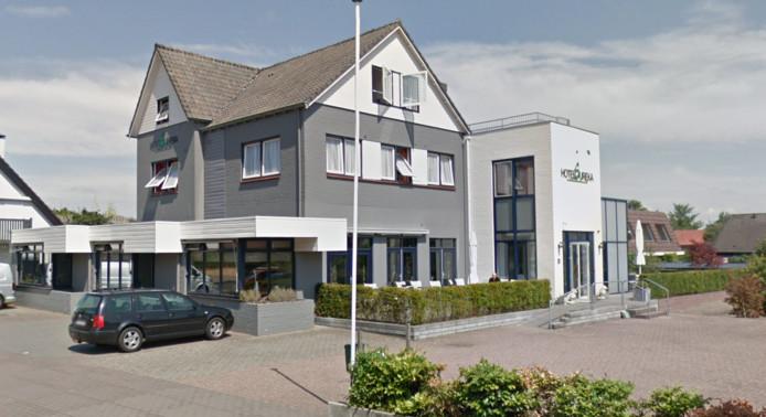 Het voormalige hotel Eureka in Zeddam doet nu dienst als onderkomen voor arbeidsmigranten.