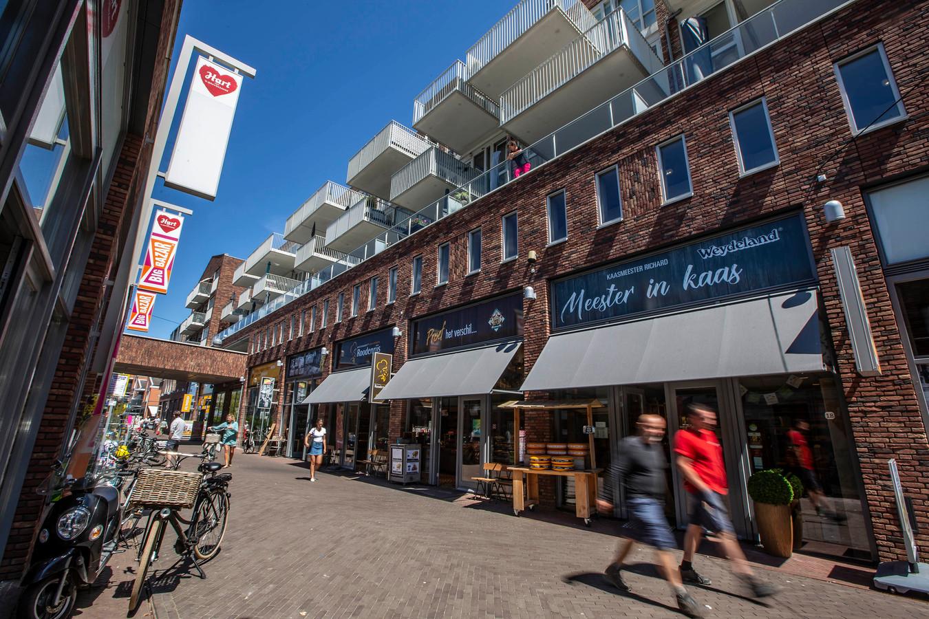 De nieuwe doorsteek: de Graaf Willem ll-straat in het Hart van 's-Gravenzande.