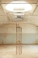 Boris Maas, 'The urge to sit dry'. Smelten de ijskappen, dan hebben we héél hoge stoelen nodig...
