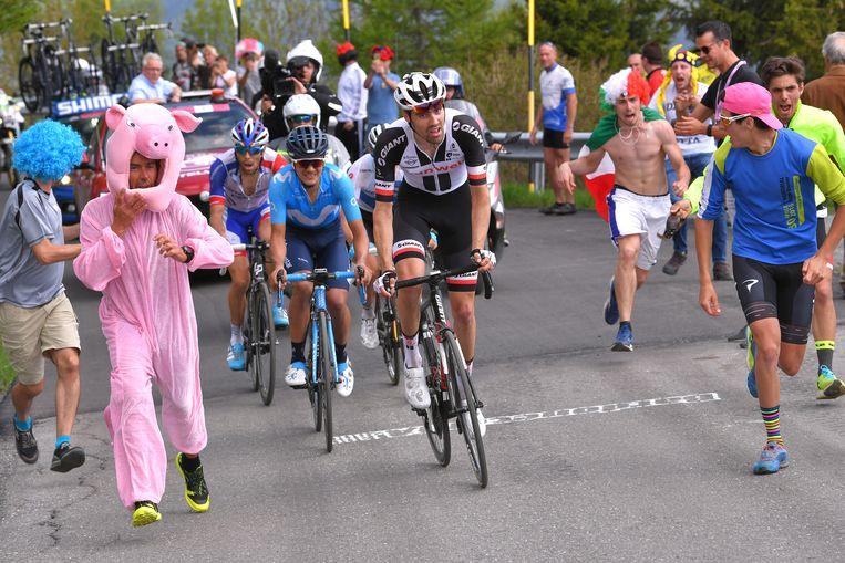Tom Dumoulin tijdens de Ronde van Italië 2018 (19e etappe). Beeld Getty Images