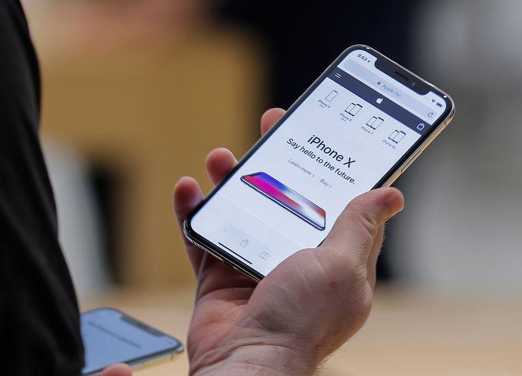 Vandaag ging de verkoop van de nieuwe Iphone X van start.