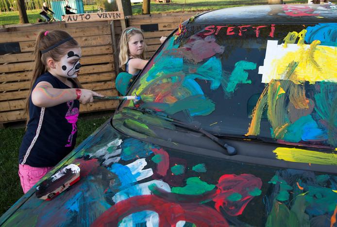 De kinderdoemiddag op de 40-ste editie van Paaspop in Zieuwent. Niet alleen popmuziek, maar vermaak voor alle leeftijden. Foto: Theo Kock