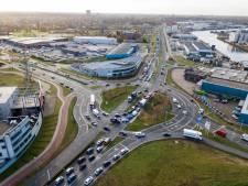 Lastige rotondes zorgen voor verkeerschaos op Nijmeegse Energieweg: 'Hoe verzin je het?'