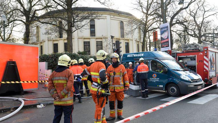 Politie aan de Grote Moskee in het Brusselse Jubelpark.