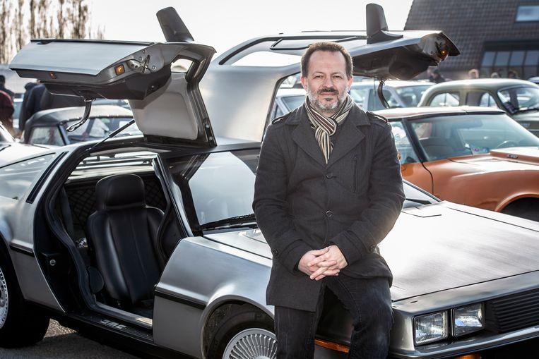 Frederik Van Acker en z'n DeLorean.