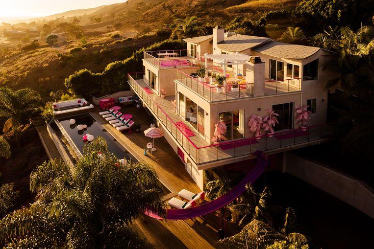 Airbnb viert de verjaardag van Barbie.