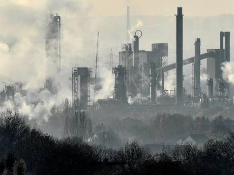 'Plannen Shell, BP en rest oliesector leveren evenveel uitstoot op als 1200 nieuwe kolencentrales'
