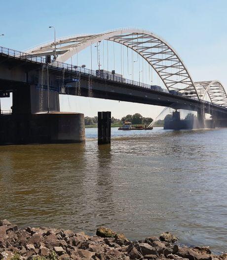 De nieuwe Merwedebrug bij Gorinchem wordt opnieuw een boogbrug