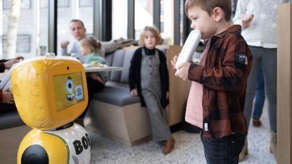 Robot spoort kindjes in Imeldaziekenhuis aan om hun bord leeg te eten