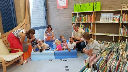 Bibliotheek lonkt naar ouders en baby's
