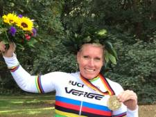 Paralympiër Jennette uit Westerhaar botst tijdens marathon, maar wint toch
