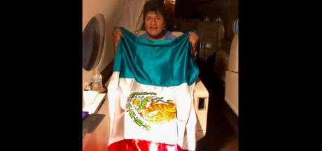 Evo Morales dans un avion pour le Mexique