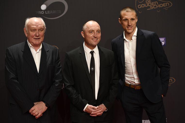 Wouter Vandenhaute op de uitreiking de Gouden Schoen, begin dit jaar, met Aimé Antheunis en Timmy Simons.