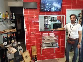 Pizza-takeaway Da Franco palmt Edegems reisbureau in