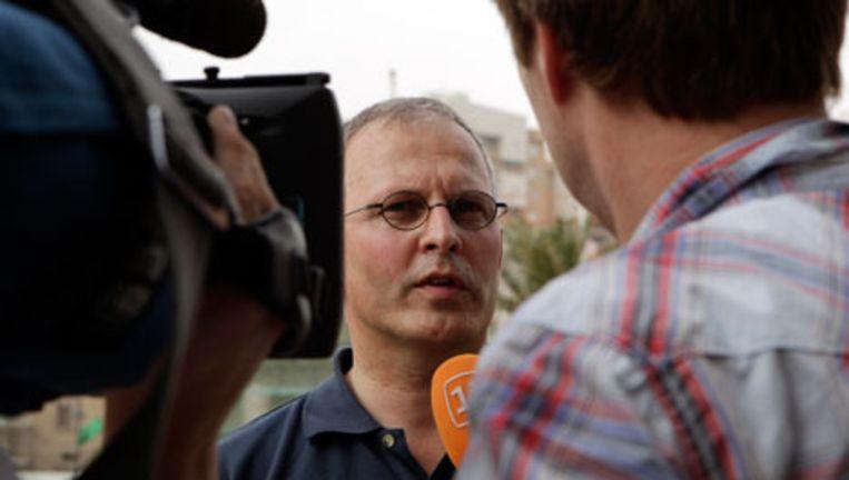 Daan Nort, hoofd van het 'Disaster Victims Identification team' praatin Libië met de media. Foto AP Beeld
