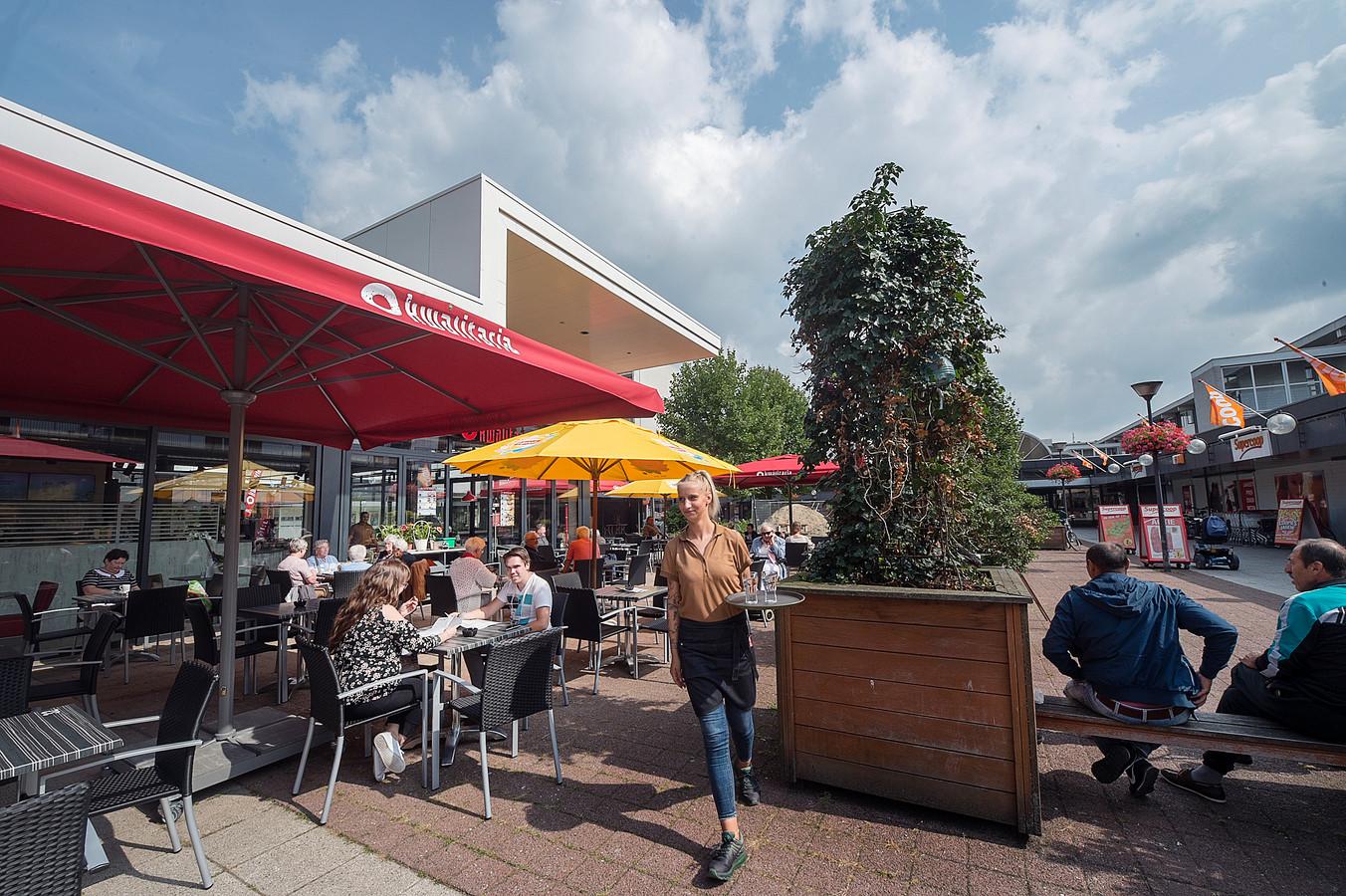 Kwalitaria Huizen Openingstijden : Nieuwe ah en aldi in winkelcentrum presikhaaf begin 2018 open