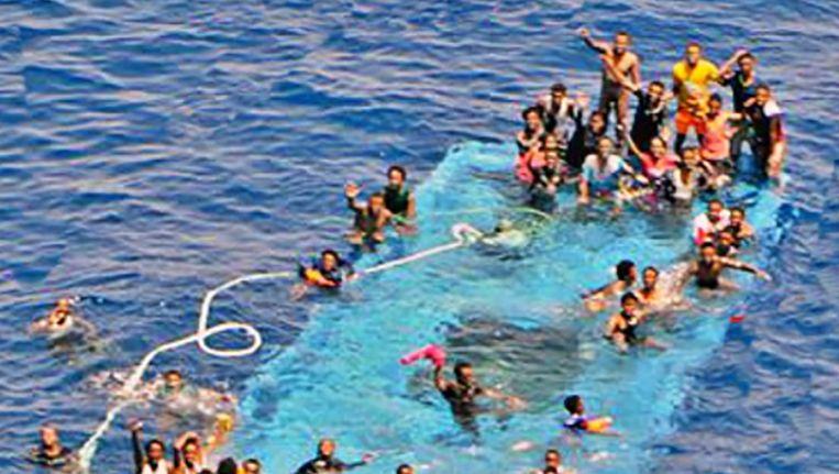 Ook gisteren zonk een boot met vluchtelingen.