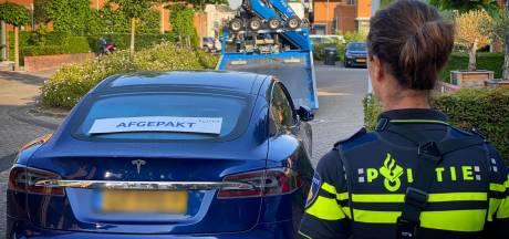 Witwaspraktijken: vier aanhoudingen bij invallen deelautobedrijf Share 'nGo