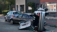 Bestuurder (36) knalt op geparkeerde wagen in Merksem: slachtoffer buiten levensgevaar