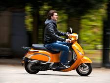 Scooter wordt niet één, maar twee keer gestolen en dat op klaarlichte dag