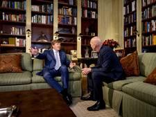 Koning toont emotionele kant tijdens interview