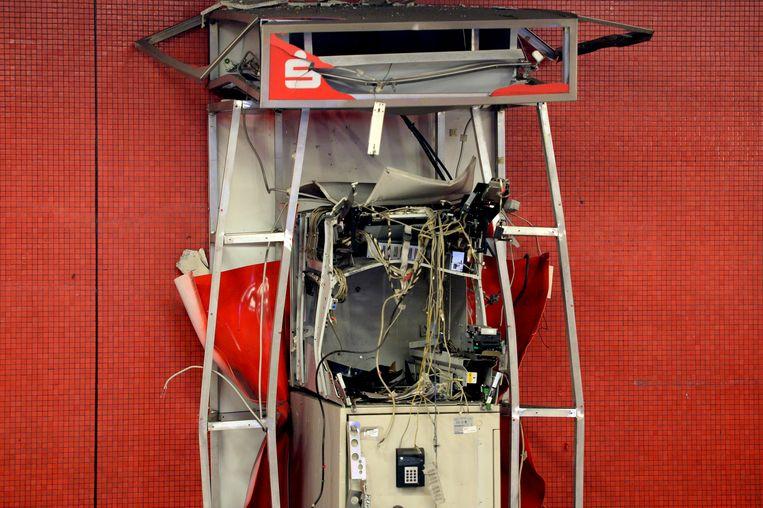 Een opgeblazen pinautomaat in Berlijn, Duitsland. (Archiefbeeld augustus 2016) Beeld EPA