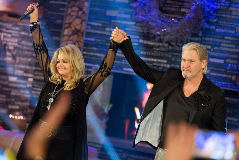 Bonnie Tyler en Johnny Logan in 2017. Beeld Michael Gruber / Getty