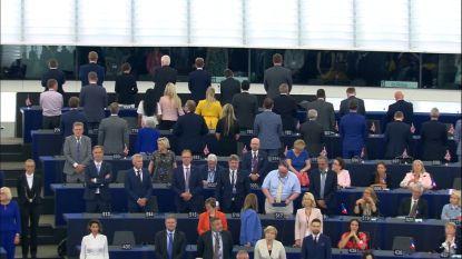 Europees Parlement trapt nieuwe legislatuur op gang, parlementsleden Brexit-partij draaien zich ostentatief om