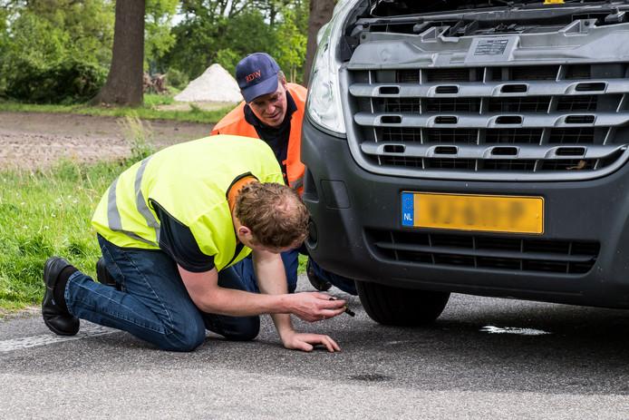RIJSSEN - Grote controle op parkeerplaats langs de N347.<br />