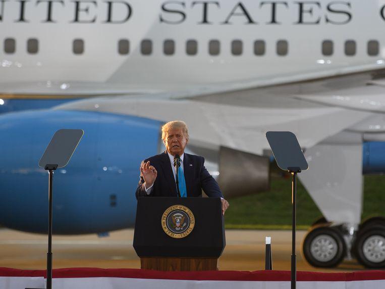 De Amerikaanse president Donald Trump is een fel tegenstander van het stemmen per post. Hij denkt dat de kans op fraude en onregelmatigheden dan groot is.   Beeld Getty Images